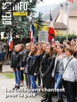 Les collégiens chantent pour la paix